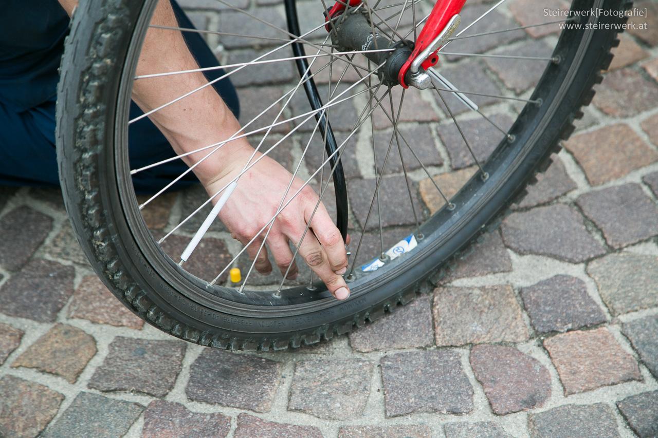 Fahrrad im Zug mitnehmen Radticket kaufen & worauf achten?